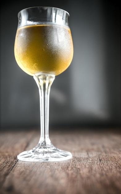 Glas weißwein Premium Fotos