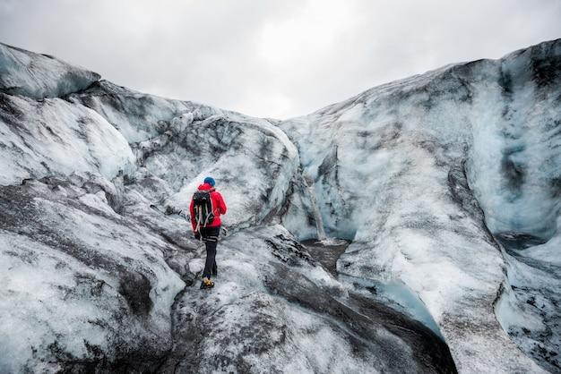 Gletscherwanderung in island Premium Fotos