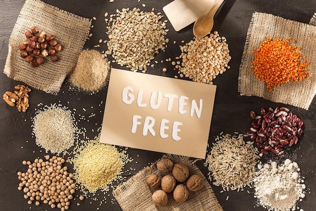Glutenfreies mehl und getreide hirse, quinoa, maisbrot, brauner buchweizen Kostenlose Fotos