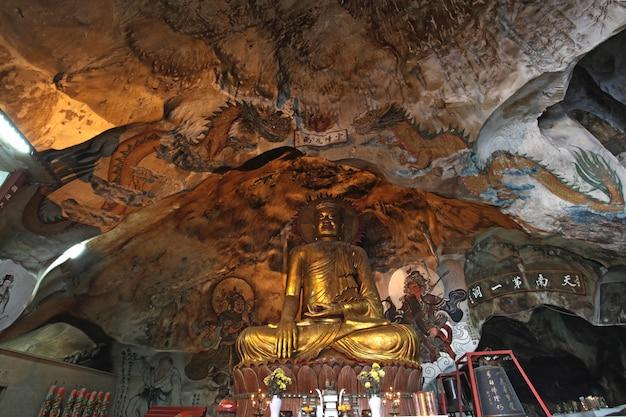 Goldene buddha-statue Premium Fotos