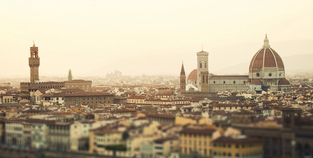 Goldener sonnenuntergang von florenz, italien. Premium Fotos