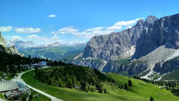 Großartige aussicht auf die cadini di misurina im nationalpark tre cime di lavaredo. Premium Fotos