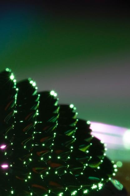 Grünes ferromagnetisches flüssiges metall mit kopienraum Kostenlose Fotos