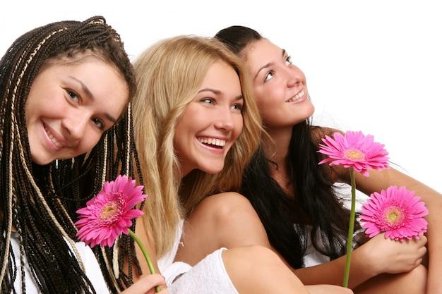 Gruppe der schönen jungen frau Kostenlose Fotos