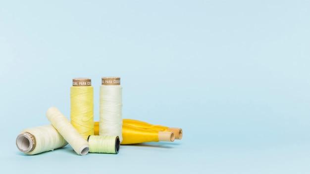 Gruppe gelbe threadreal Kostenlose Fotos
