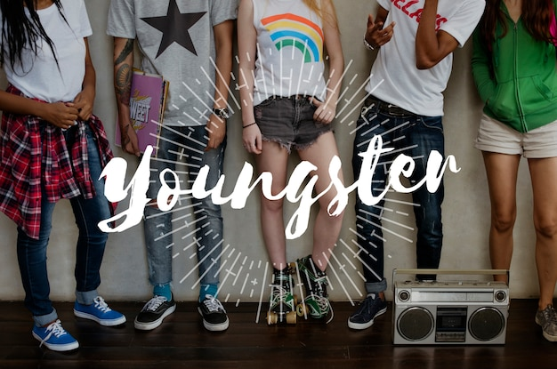 Gruppe junger leute Kostenlose Fotos