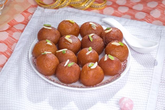 Gulab jamun Premium Fotos