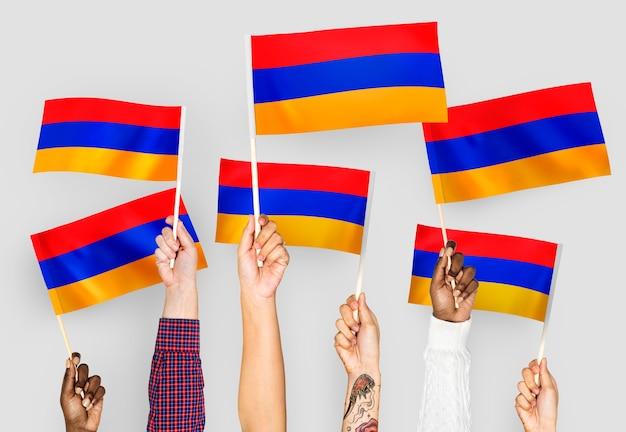 Hände winken fahnen armeniens Kostenlose Fotos