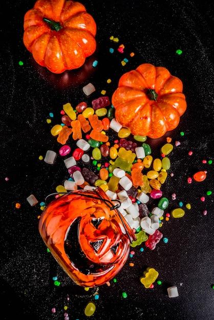 Halloween süßigkeiten Premium Fotos