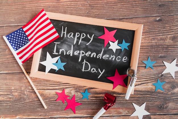 Happy 4. juli nachricht in kreide Kostenlose Fotos