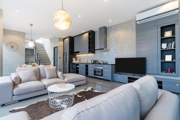 Hauptinnenloftdesign im wohnzimmer des hauses Premium Fotos