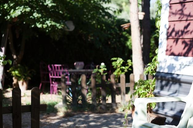 Haus außen mit holzzaun Kostenlose Fotos