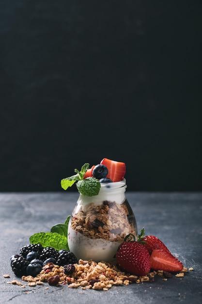 Hausgemachtes müslifrühstück Premium Fotos