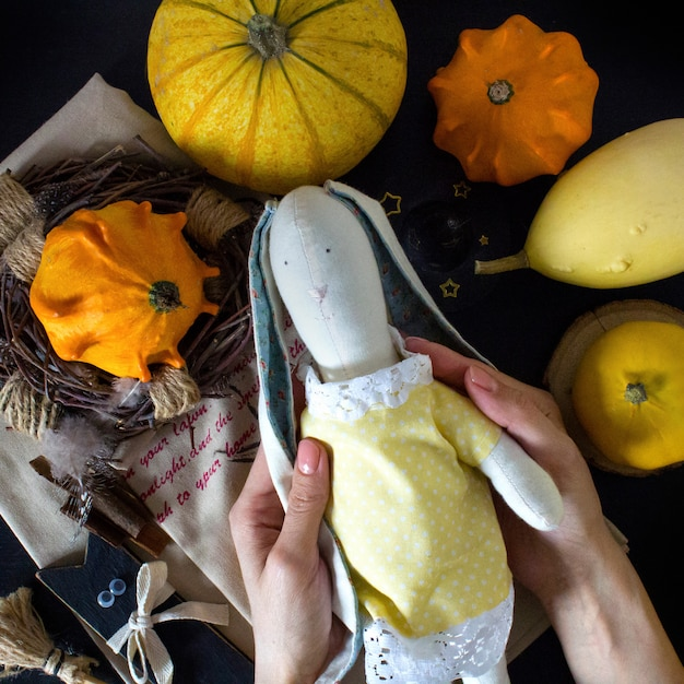 Herbstkürbis am halloween-tag Premium Fotos