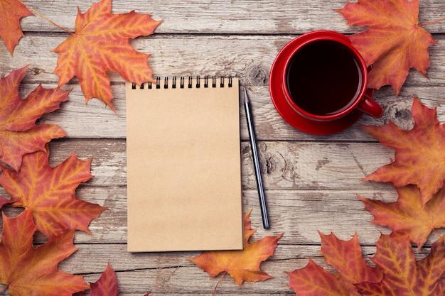 Herbstplanung hintergrund Premium Fotos