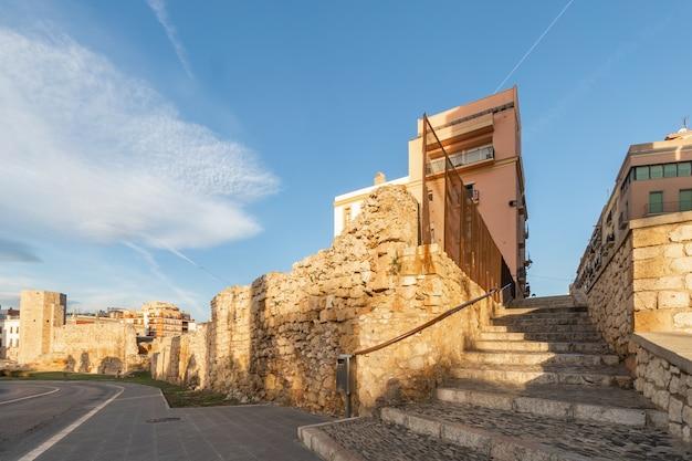 Historische gebäude von tarragona, katalonien, spanien Premium Fotos