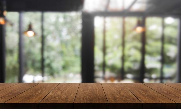 Hölzerne tabelle des modernen restaurants Premium Fotos