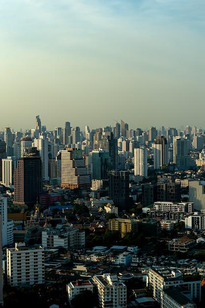 Hohe ansicht in bangkok, thailand Premium Fotos