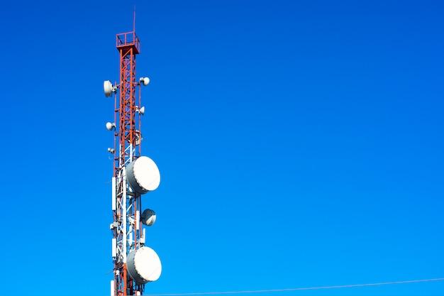 Hoher telefonturm Premium Fotos