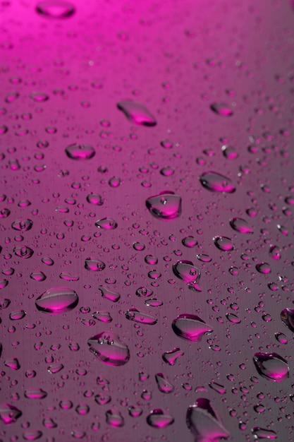 Hoher winkel von klarem wasser fällt auf die oberfläche Kostenlose Fotos