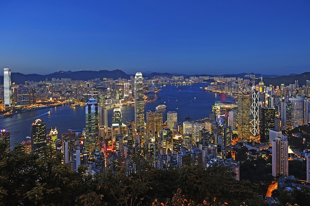 Hong kong-stadtbild nachts Premium Fotos