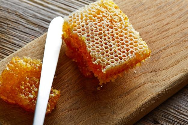 Honigbienenwabendetailmakrobeschaffenheit Premium Fotos