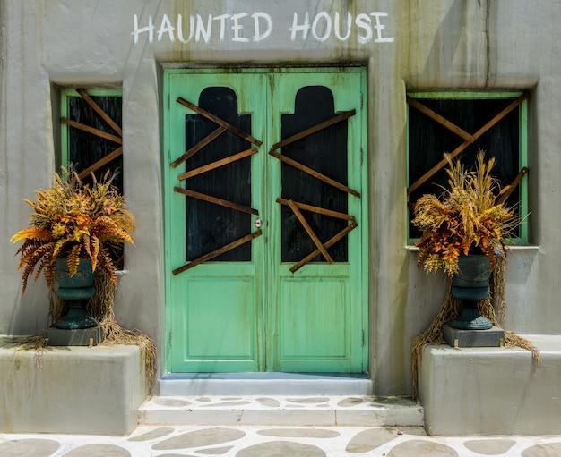 Horror-hintergrund für halloween-konzept Premium Fotos