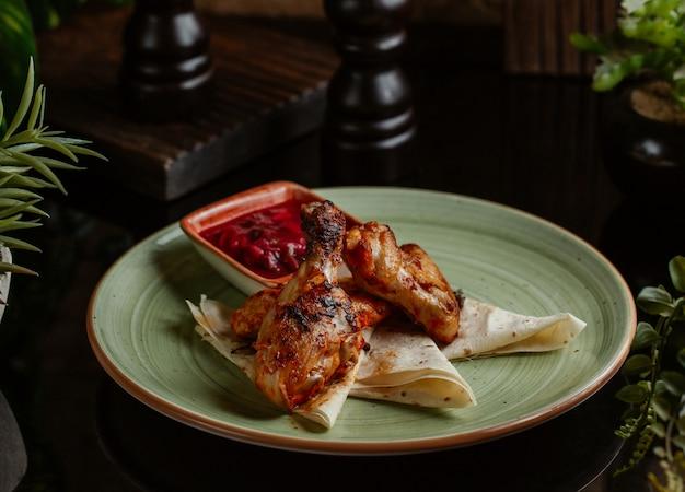 Hühnerflügel in teriyaki-sauce Kostenlose Fotos