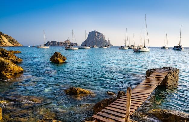 Ibiza cala d hort mit es vedra insel sonnenuntergang Premium Fotos