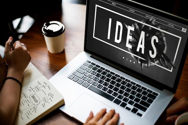 Ideenkonzept auf laptop-bildschirm Kostenlose Fotos