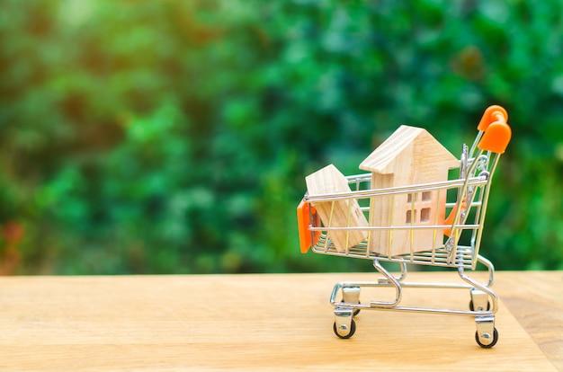 Immobilieninvestitions- und haushypothekenkonzept. kauf, vermietung und verkauf von wohnungen. Premium Fotos