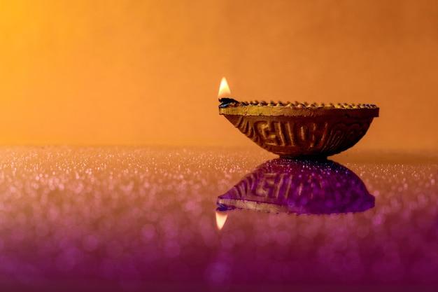 Indisches festival diwali, diwali lampe Premium Fotos