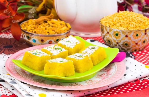Indisches süßes kopra pak Premium Fotos