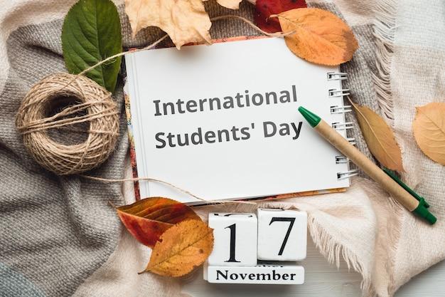 Internationaler studententag des herbstmonats kalender november. Premium Fotos