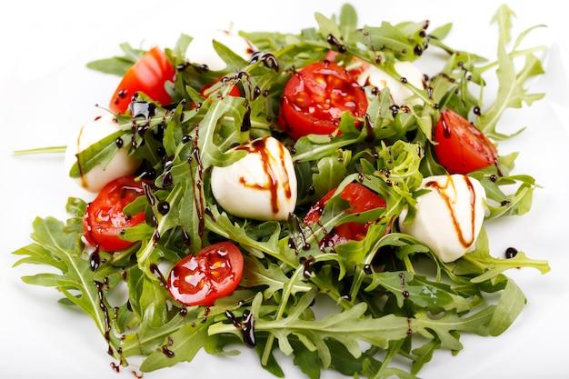 Italienischer salat hautnah Premium Fotos