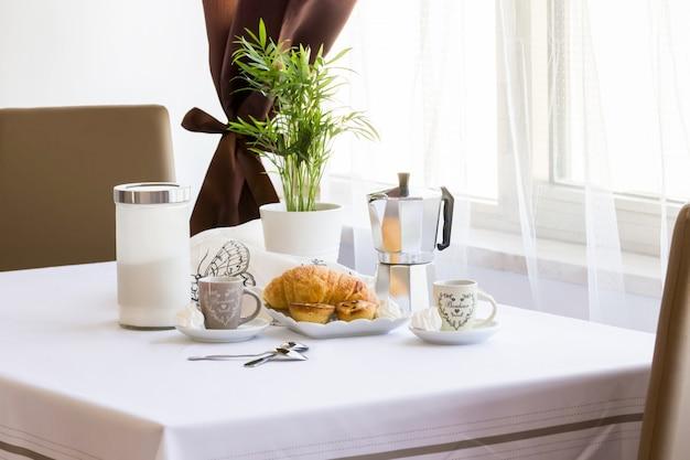 Italienisches frühstück Premium Fotos
