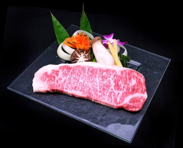 Japanisches matsusaka-rindfleisch teppanyaki Premium Fotos
