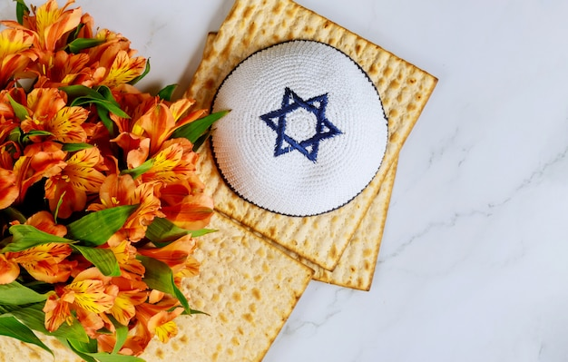 Judentum religiös auf jüdischem matza-passah Premium Fotos