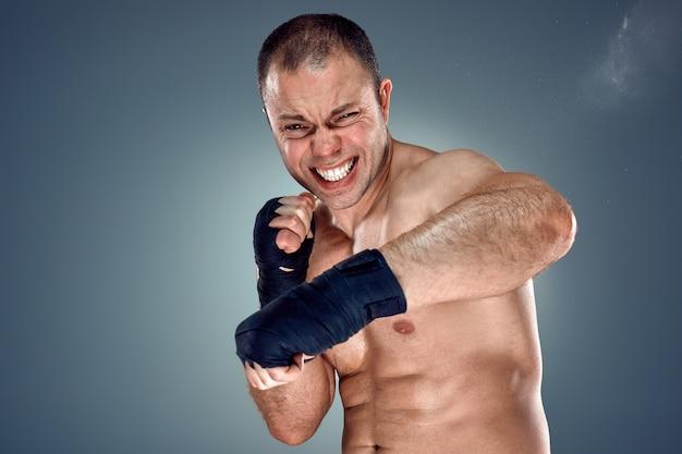 Junges boxerboxen Kostenlose Fotos