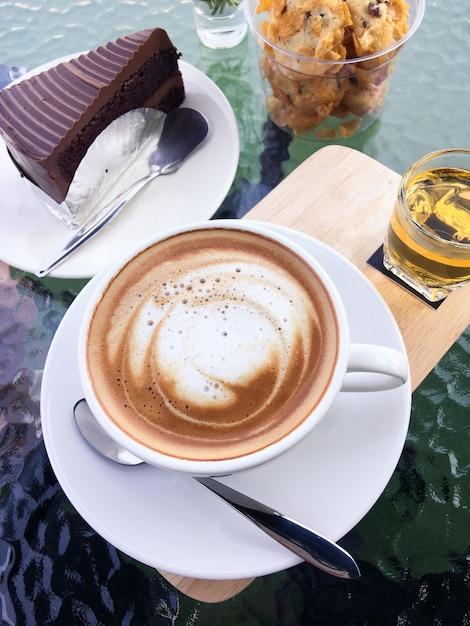 kaffee und kuchen schokolade download der kostenlosen fotos. Black Bedroom Furniture Sets. Home Design Ideas