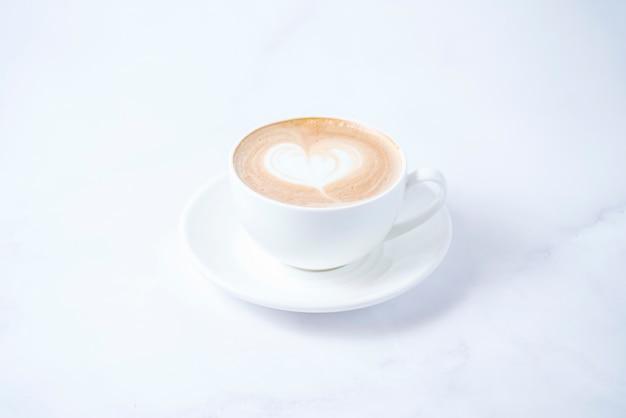 Kaffeegetränk mit schlagsahne Kostenlose Fotos