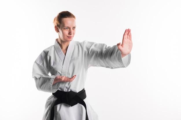 Karatekämpfer mit schwarzem gürtel Kostenlose Fotos