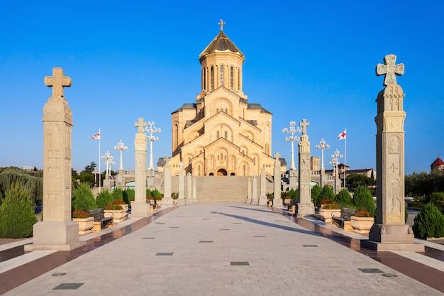 Kathedrale der heiligen dreifaltigkeit Premium Fotos