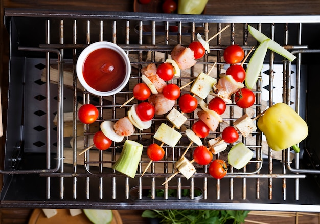 Kebab aus huhn machen Premium Fotos