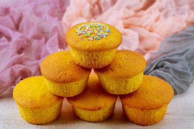 Kekse muffin bereit zu essen Premium Fotos