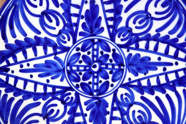 Keramik gemalt blaue formplatte Premium Fotos