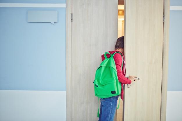 Kinder ankunft spät zum unterricht Kostenlose Fotos