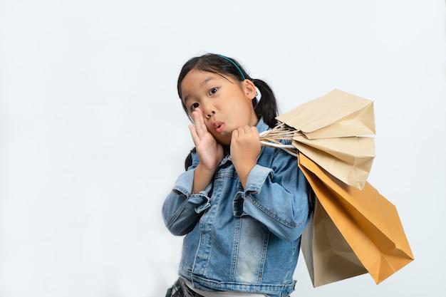 Kindereinkauf. Premium Fotos
