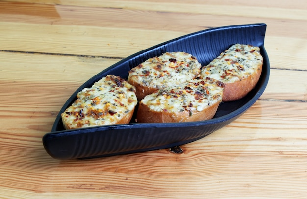 Knoblauch-käse-toast-gericht Premium Fotos