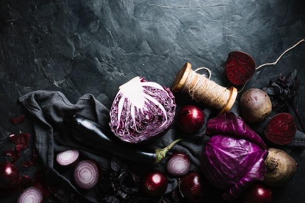 Köstliche anordnung für draufsicht des roten gemüses Kostenlose Fotos